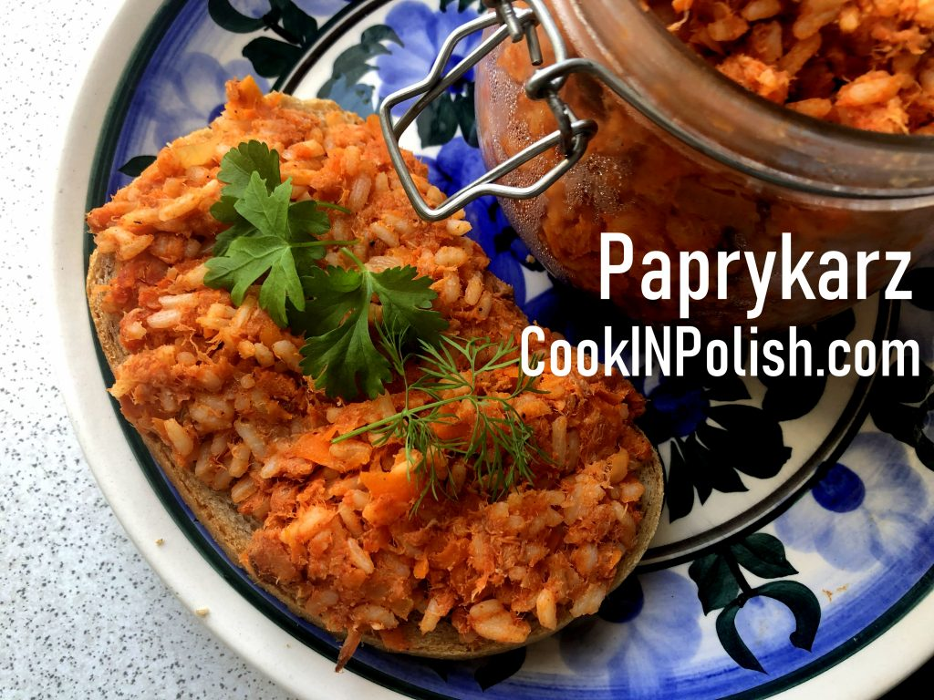 Bread with paprykarz