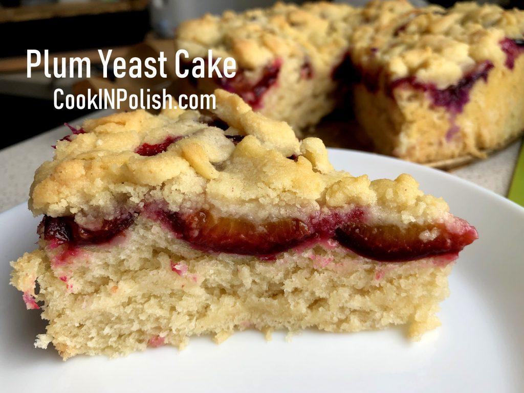 Polish plum yeast cake on the plate