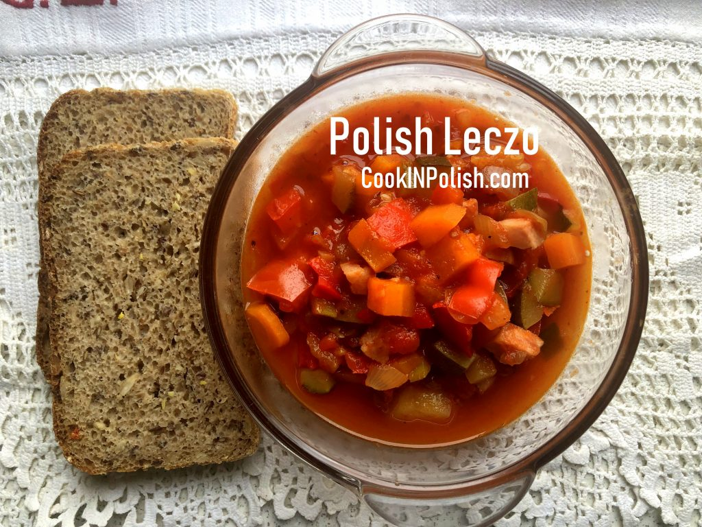 Polish leczo served in a bowl with rye bread